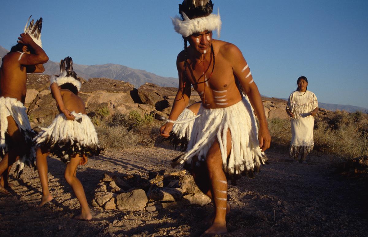 Indianer Nordamerikas - Paiute - Shoshone -Traditioneller Tanz
