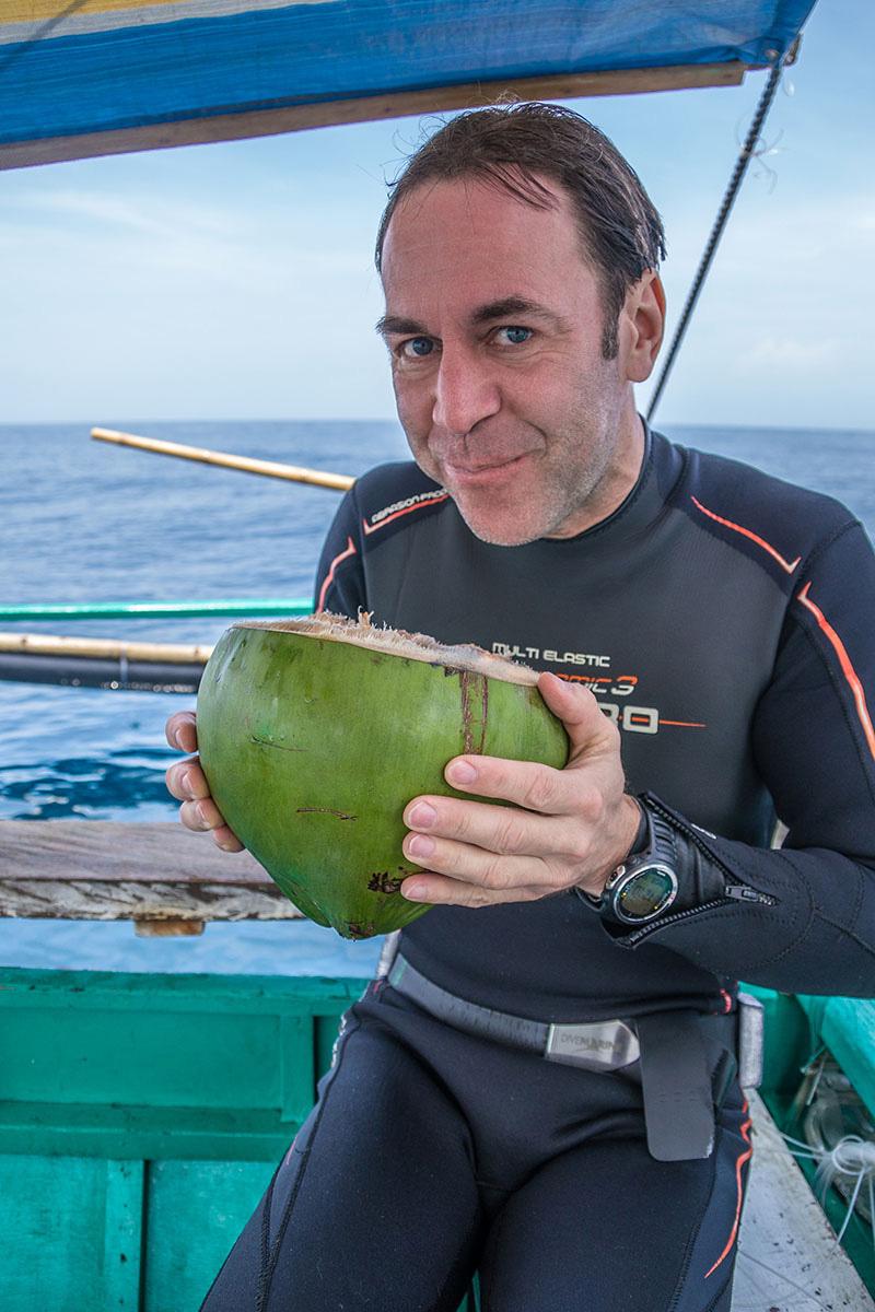 Philippines - Calayan, Cagayan islands - Fresh coconut