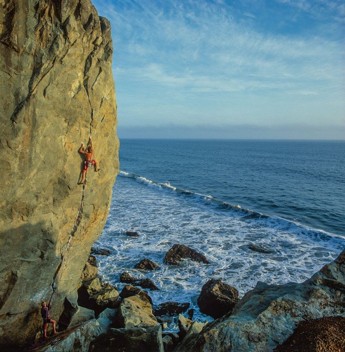 Mikeys Beach - crack climbing near San Francisco