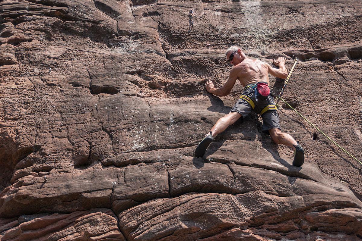 """Climber: Frieder Lange, Rock: Lauterbacher Rappenfels, Route: """"Westwand"""", 6+"""