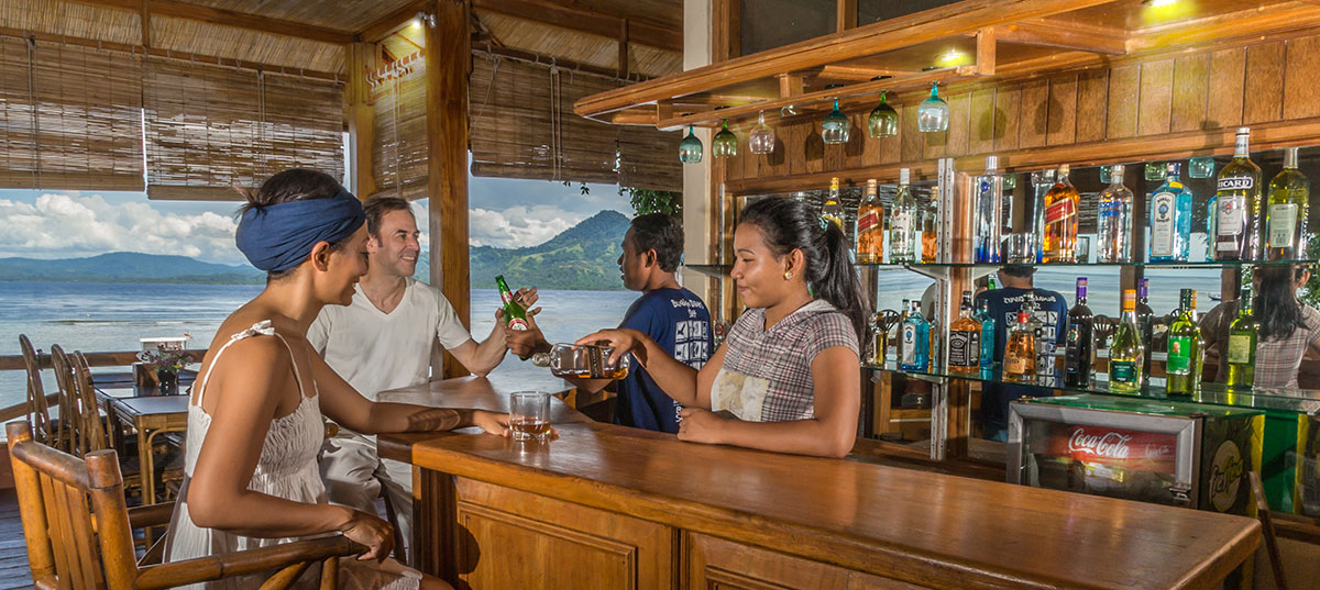 Indonesia, Manado, Bunaken Island, Seabreeze Resort, Restaurant, Bar