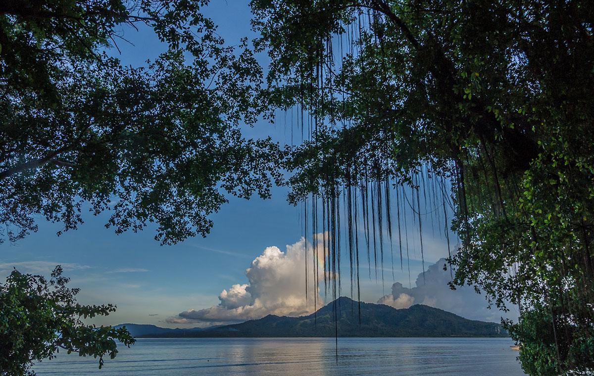 Indonesia, Manado, Bunaken Island, Bay View