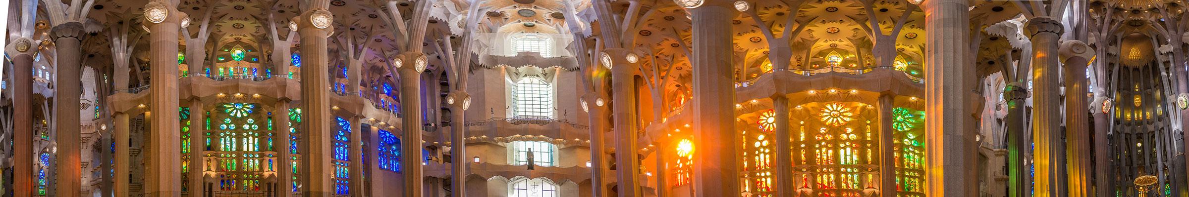 Barcelona - Sagrada Familia - Innenraum 360 Grad Panorama