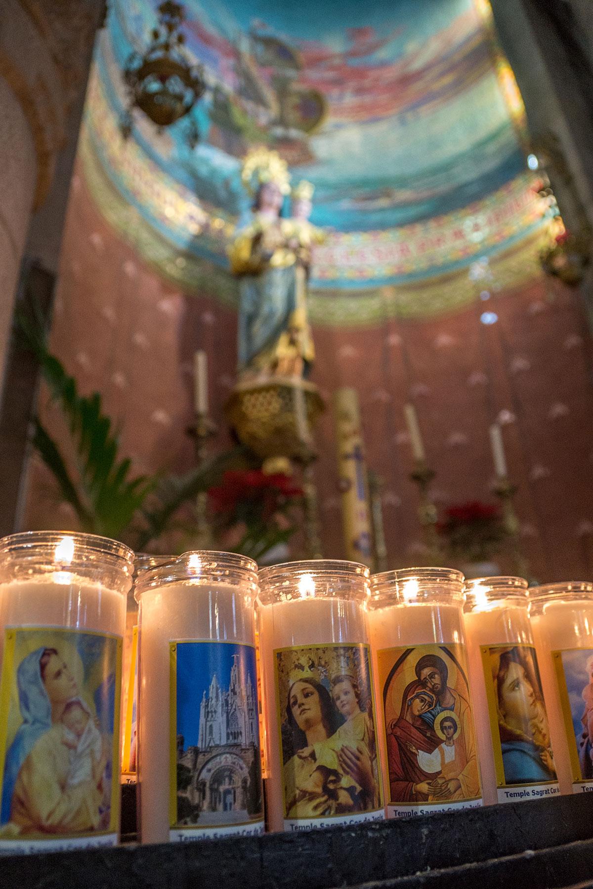 Barcelona Tibidabo - Kirche Sagrat Cor - Kerzen