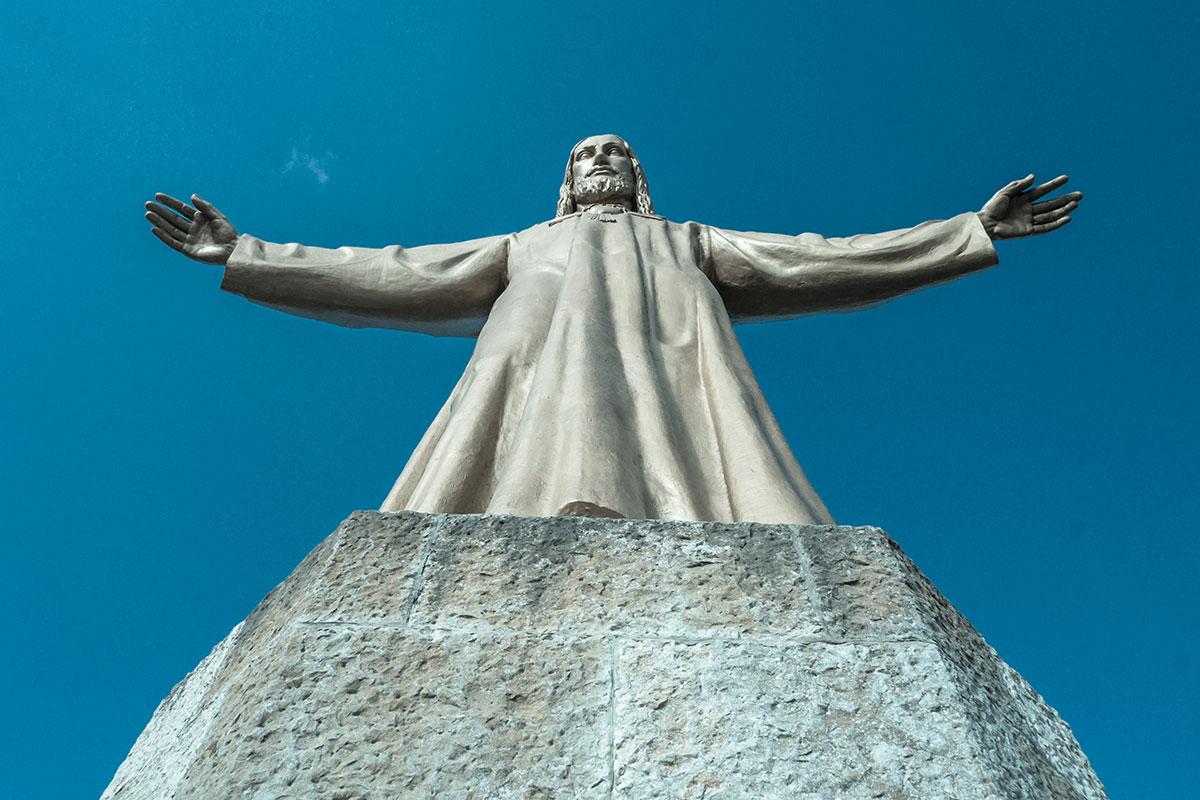 Barcelona Tibidabo - Kirche Sagrat Cor - Jesus Statue