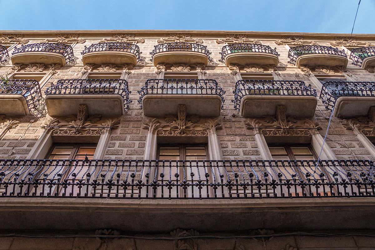 Spain, Catalonia, Reus, Facade