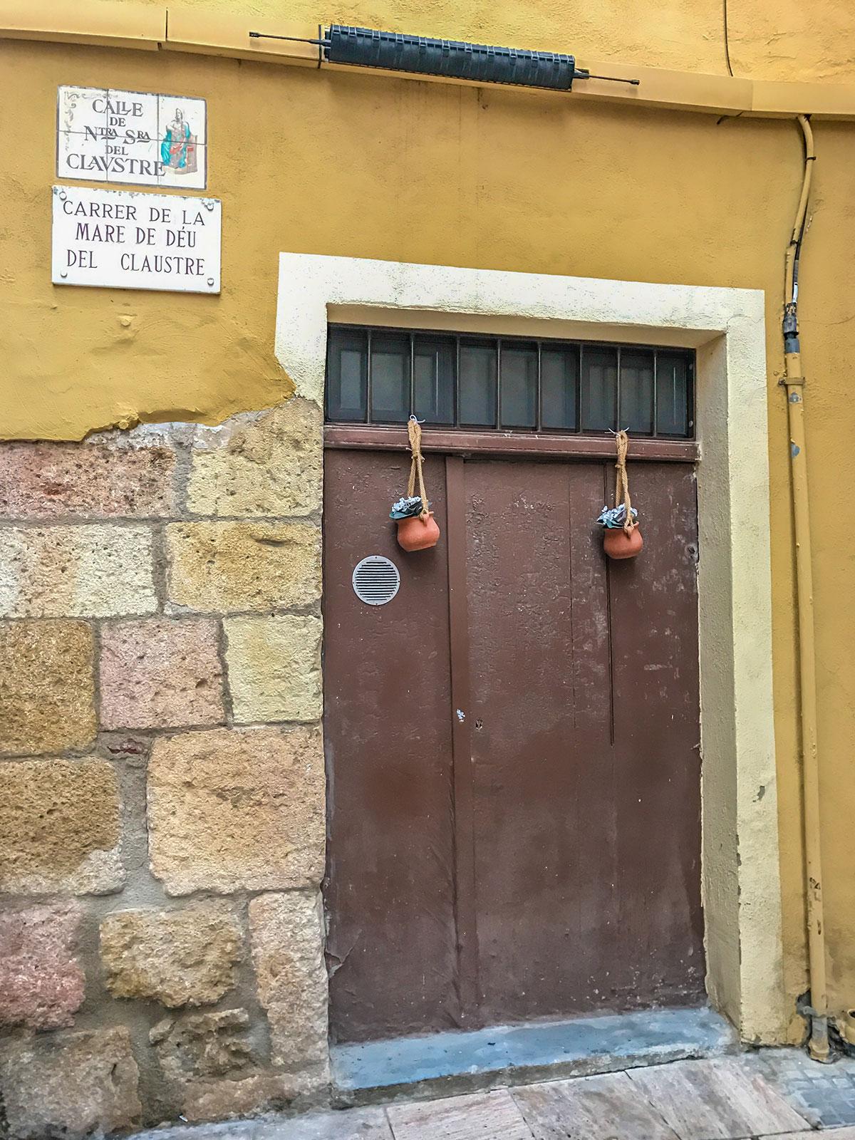 Spanien, Katalonien, Tarragona, Eingangstür