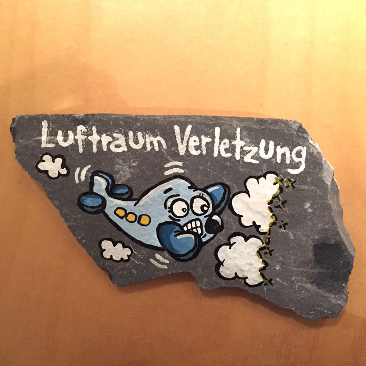 """Warstein, Hillenberg, Route """" Luftraum-Verletzung, 9-"""