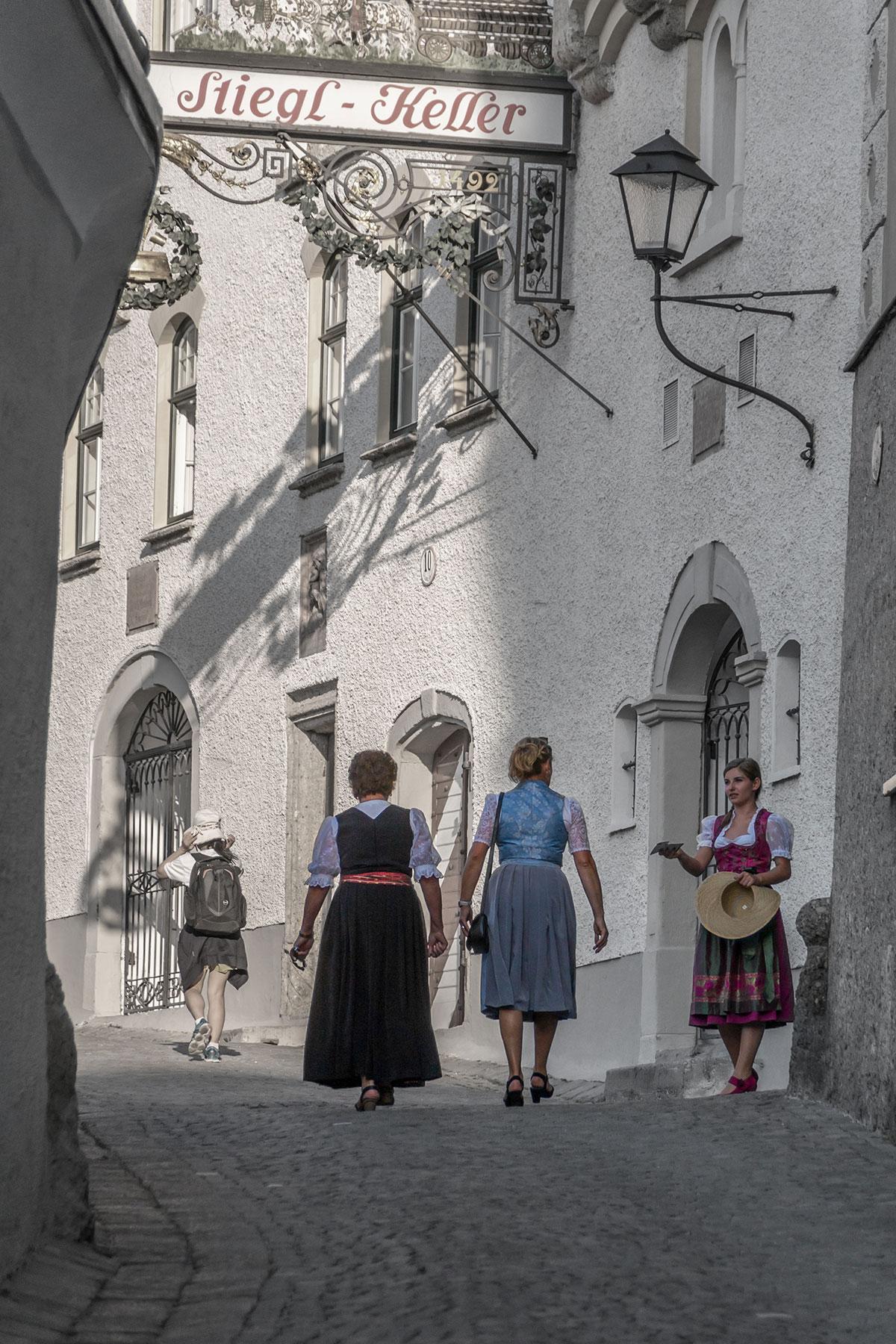 Salzburg, Dirndl