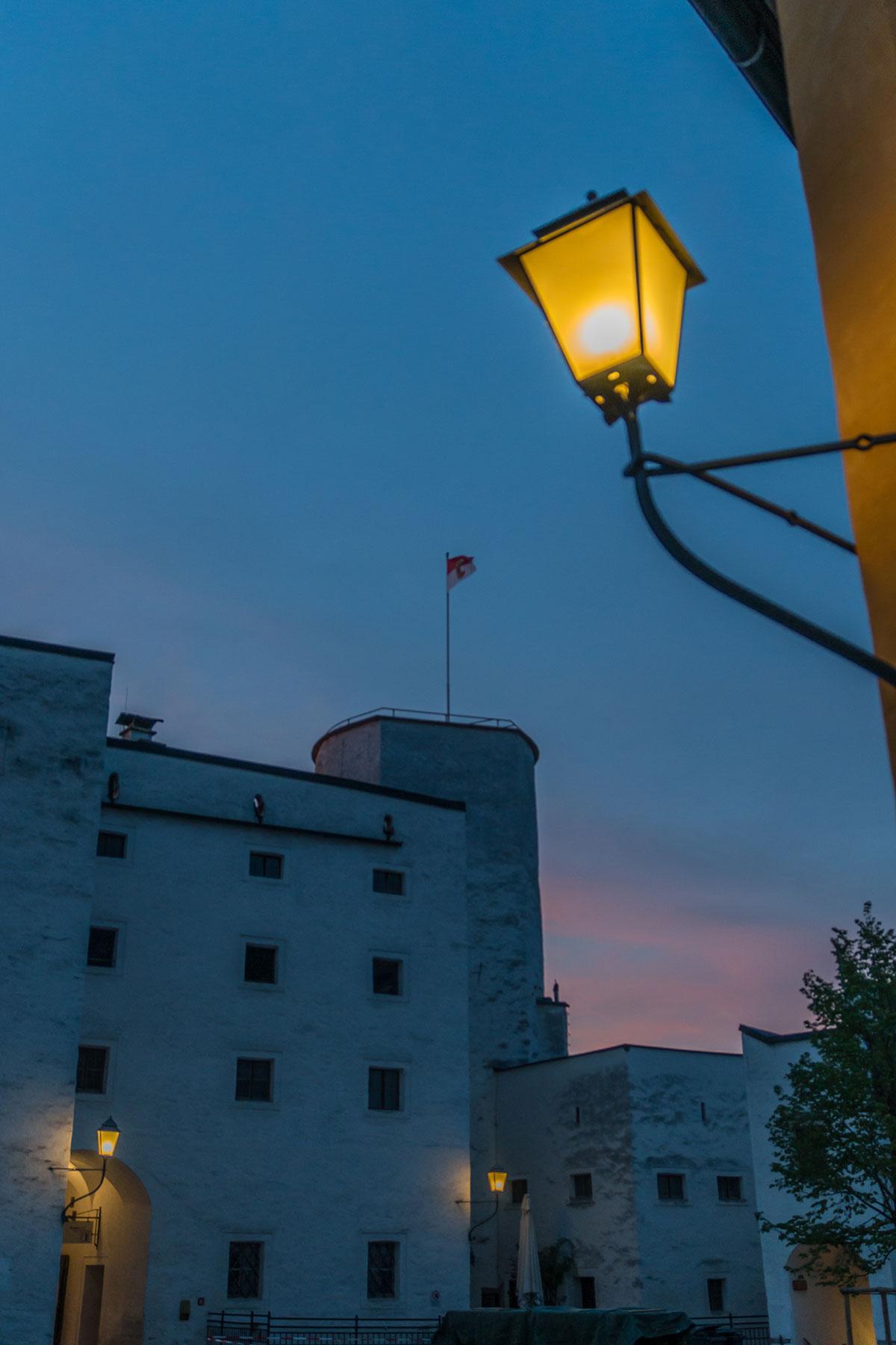 Salzburg, Festung Hohensalzburg bei Sonnenuntergang