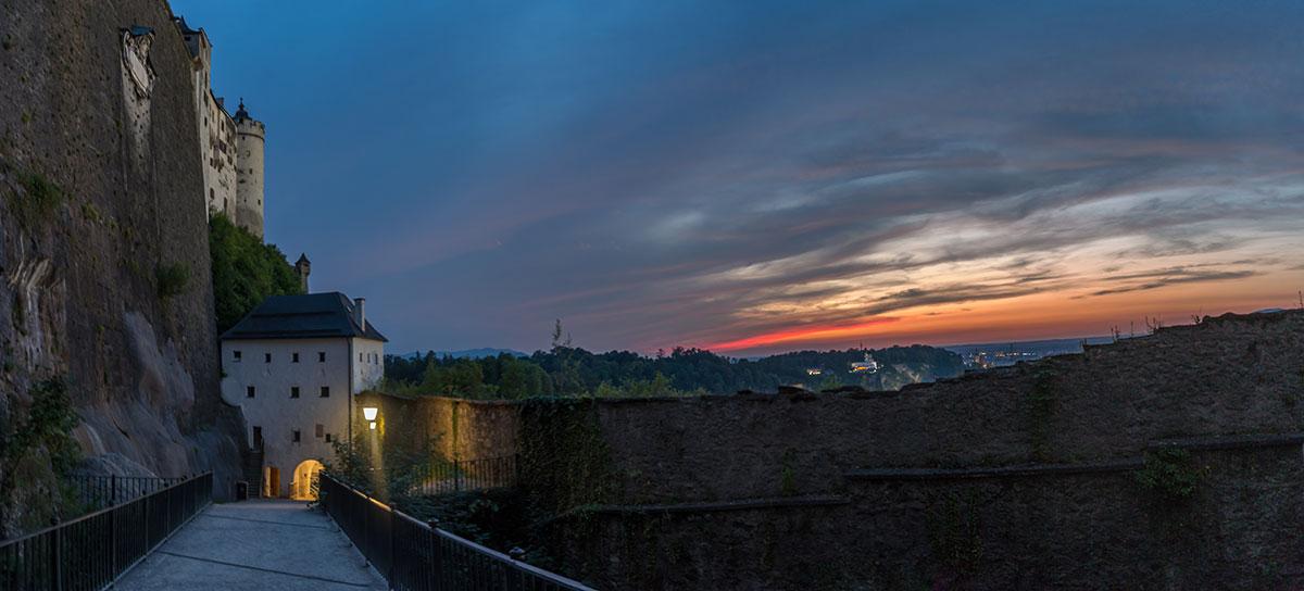Salzburg, Blick von der Festung Hohensalzburg bei Sonnenuntergang