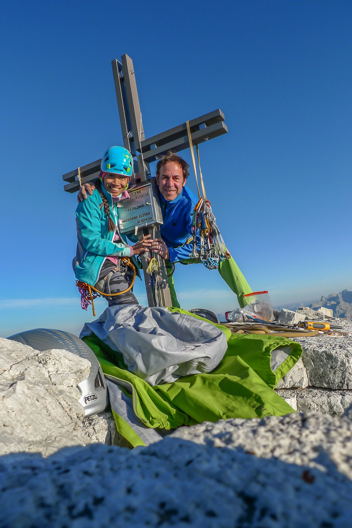 Tweet und Mathias Weck am Gipfel der Westlichen Zinne