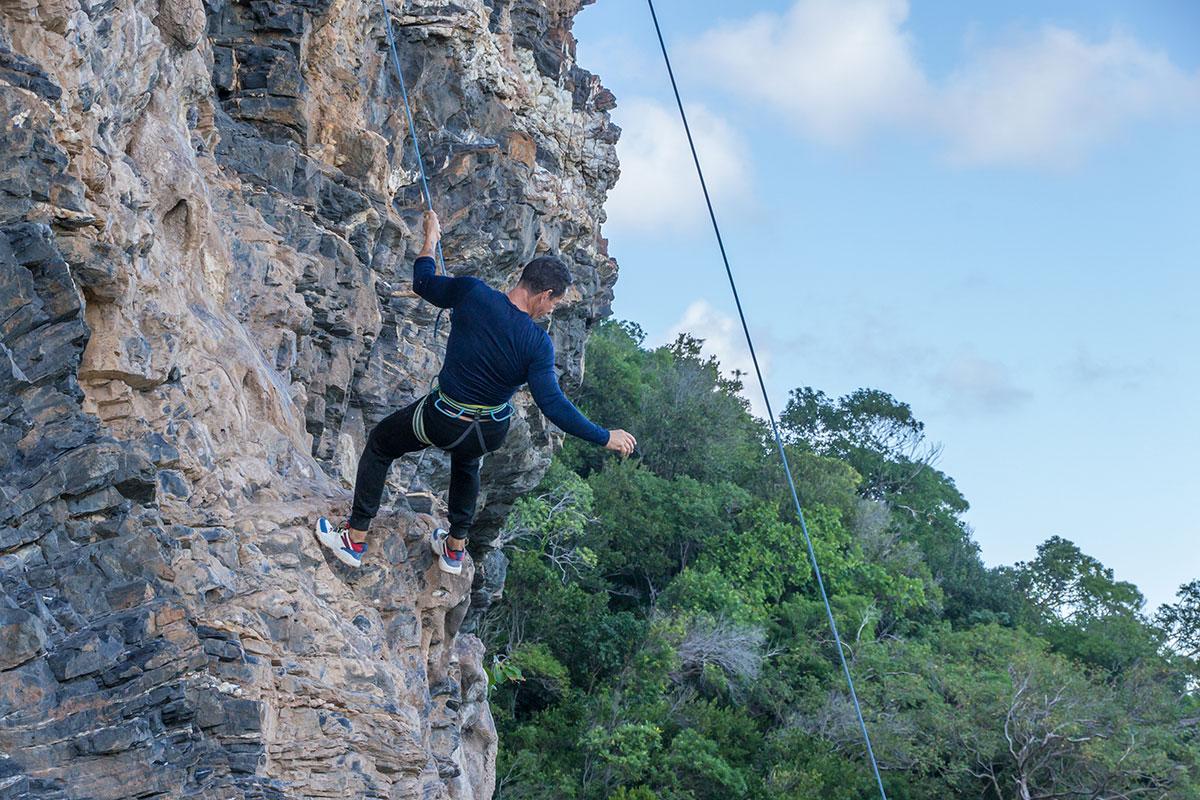 Dominikanische Republik, Klettern an der Playa Fronton bei Las Galeras