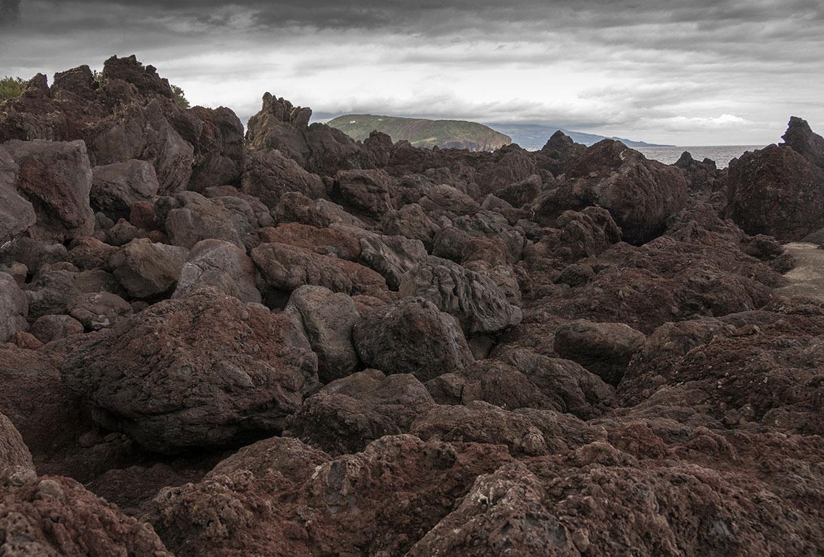 Azoren, Faial, Felsküste bei Horta