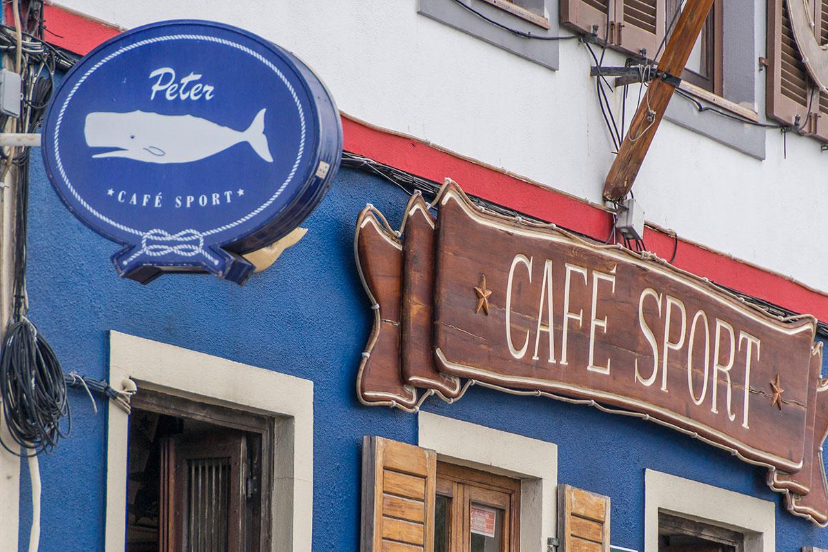 Azoren, Faial, Peters Bar in Horta