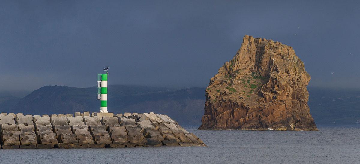 Azoren, Port von Madalena in Pico