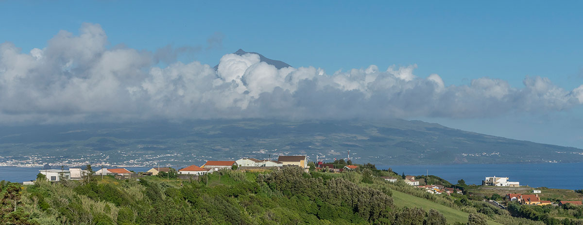 Azoren, Ponto Panorâmico, Faial mit Blick auf Pico
