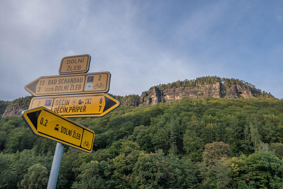 Elbtal, Děčín (Tetschen-Bodenbach), Wegweiser