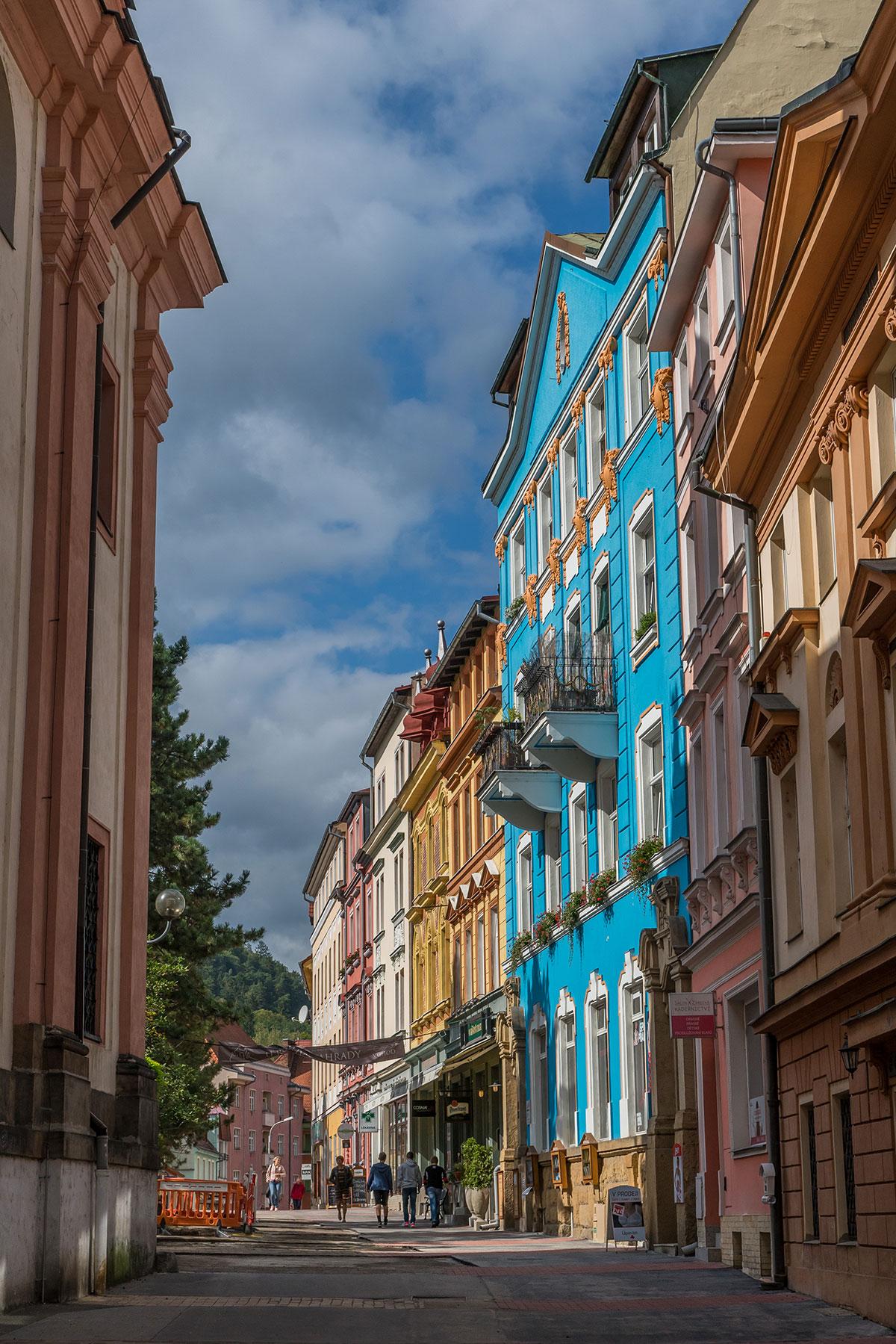 Elbtal bei Děčín, Häuserfassaden