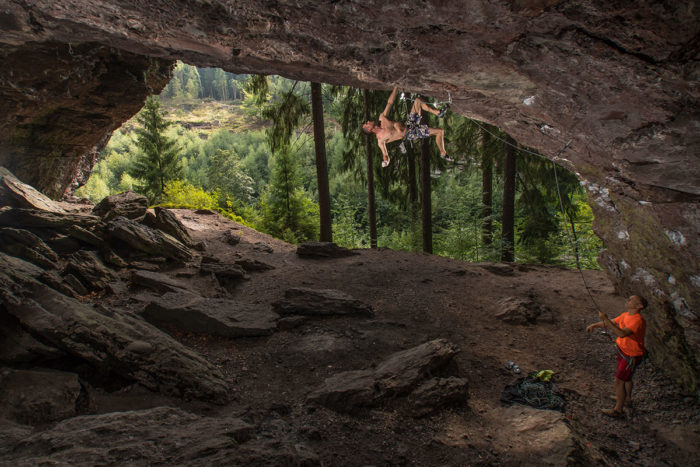 "Thüringer Wald, Hülloch, route ""Stolove"", 9-, climber Mike Bauer"