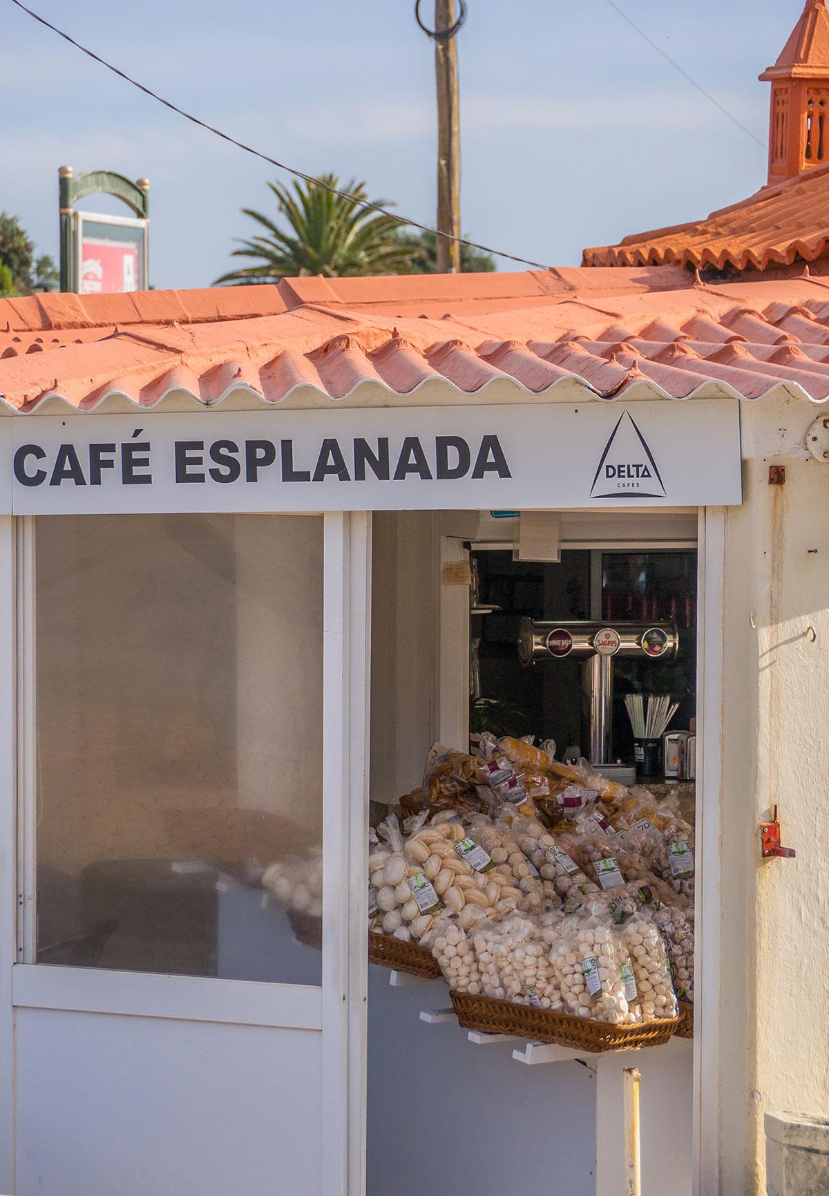 Portugal, Cascais, Cafe Esplanada