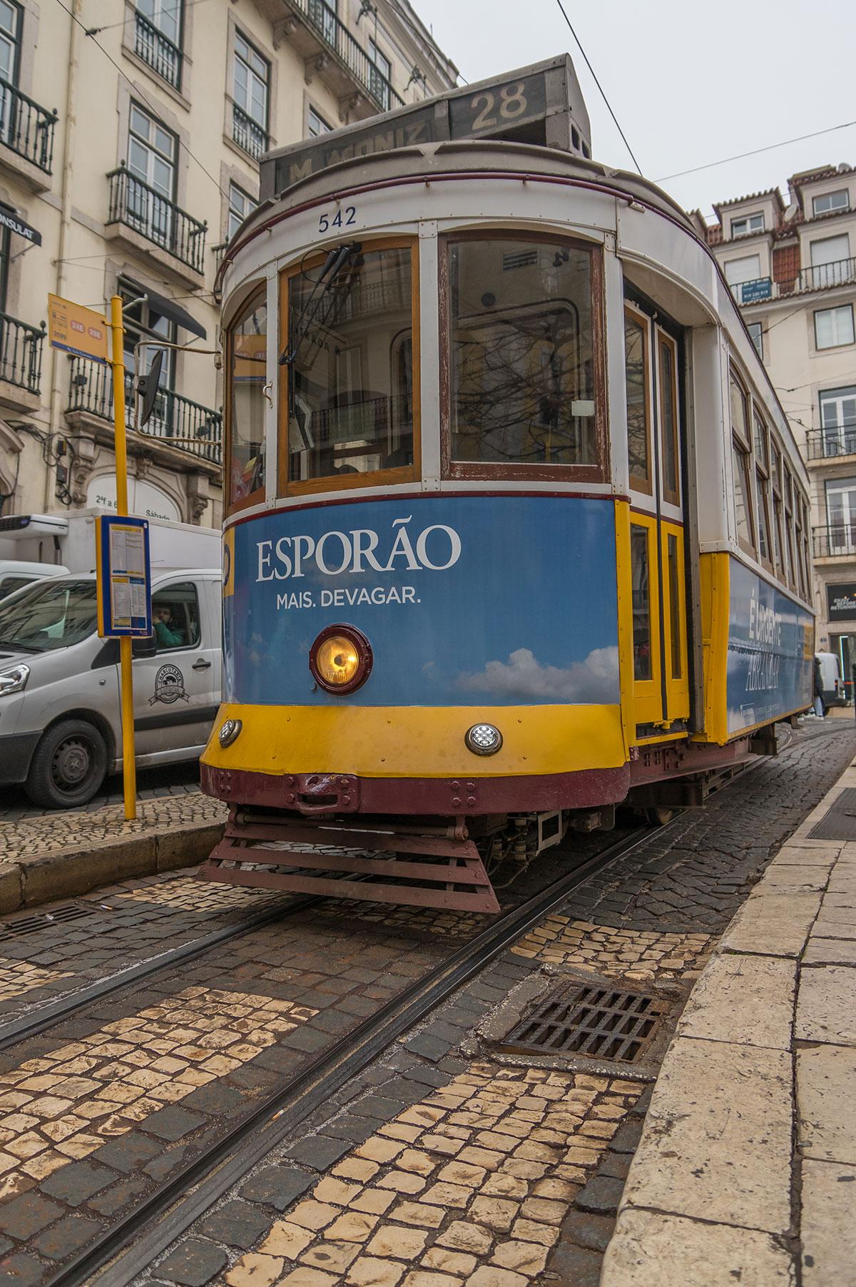 Portugal, Lissabon, Tram 28