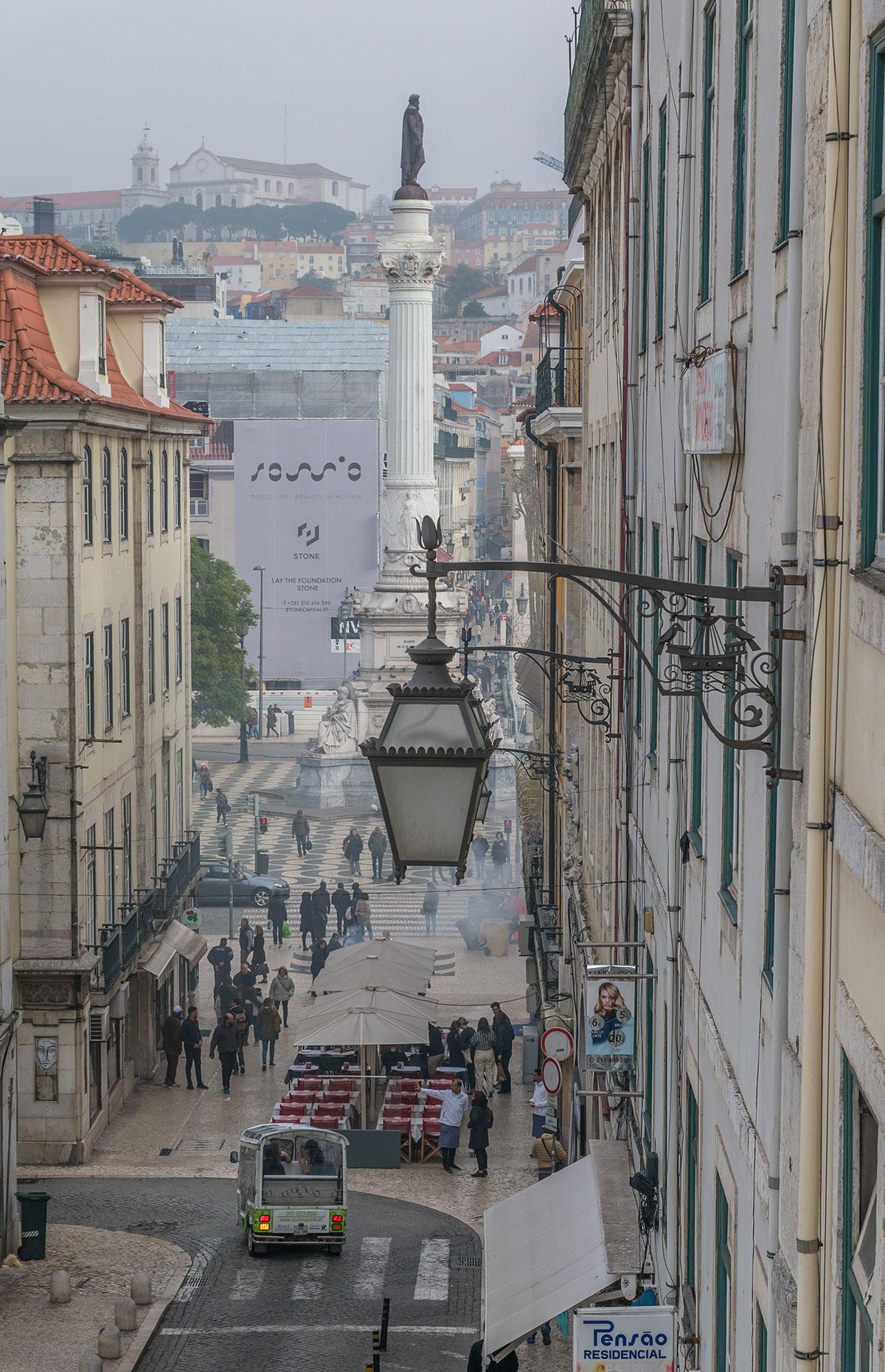 Portugal, Lissabon, Blick zum Praça Dom Pedro IV