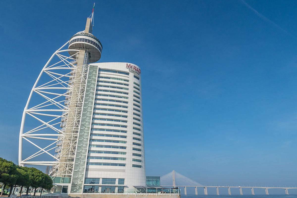 Portugal, Lissabon, Torre Vasco da Gama